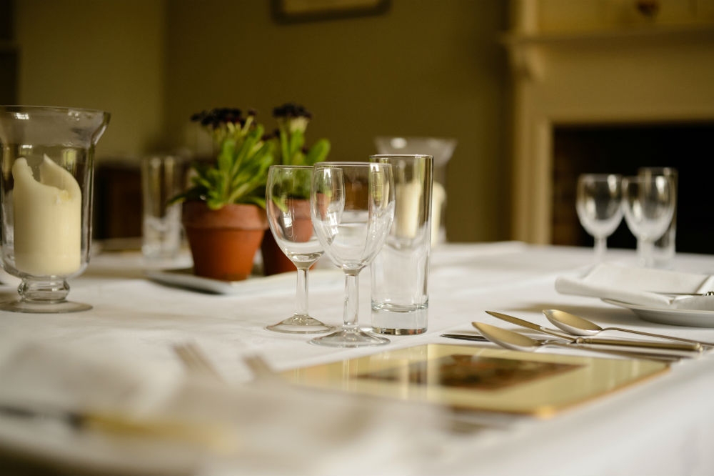 dining_table_web