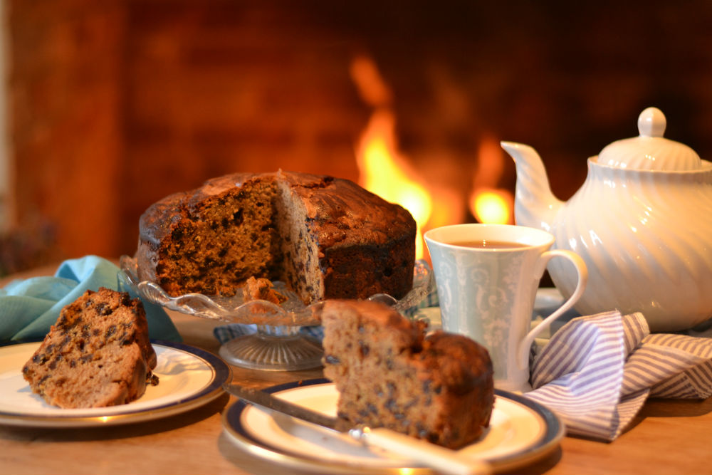 RECIPE: Warm from the AGA – Dorset Cider Cake
