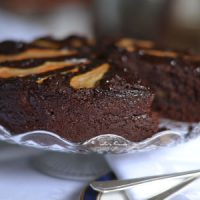 Chocolate and pear cake