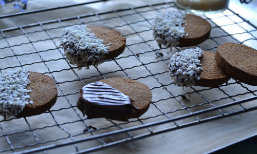 STORE CUPBOARD RECIPE:  Coconut digestives
