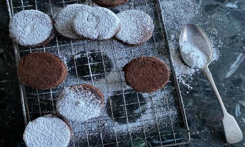 How to make Chocolate & Prune Welsh Cakes for St. David's Day